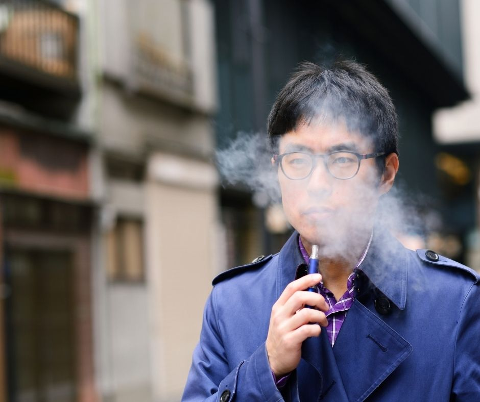 stealth vaping in public