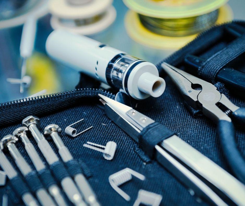 Vape device with vape building kit